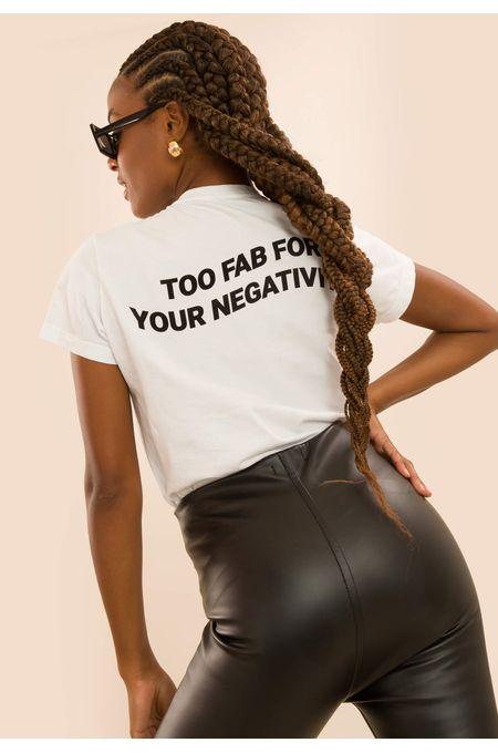 t-shirt-branca-fabulous-01